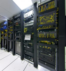 Réalisation d'un câblage pour data center